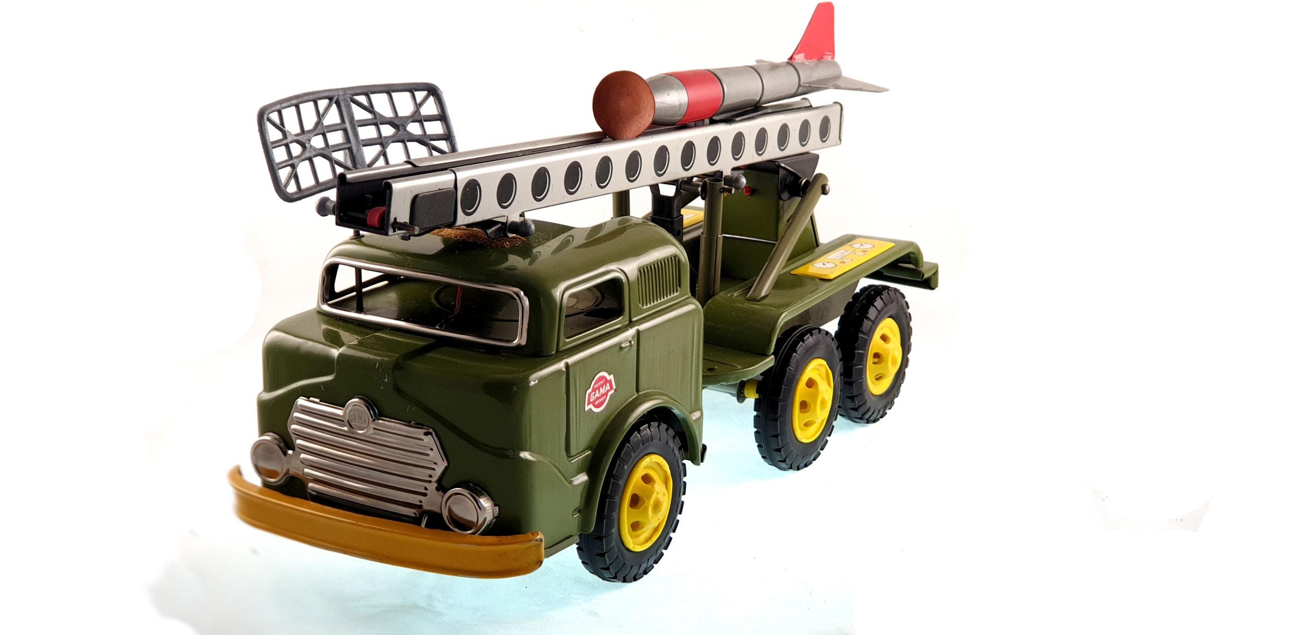 Camion lancia razzi - 270