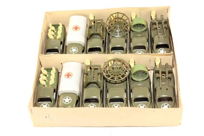 12 Veicoli militari - 1955